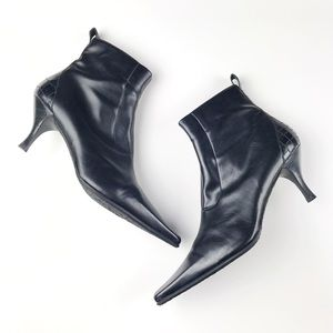 Donald J Pliner Black Leather Pointy Ankle Boots